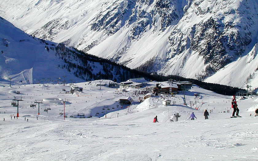 Skiing above Ischgl