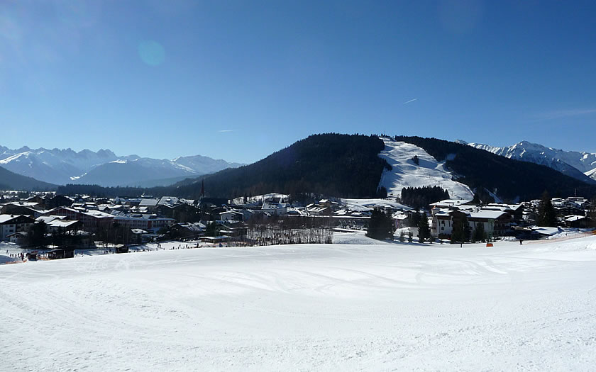 The Geigenbühel and Gschwandtkopf ski areas in Seefeld.