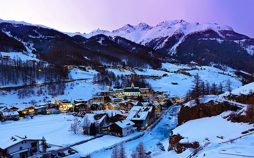 Sölden village at dusk