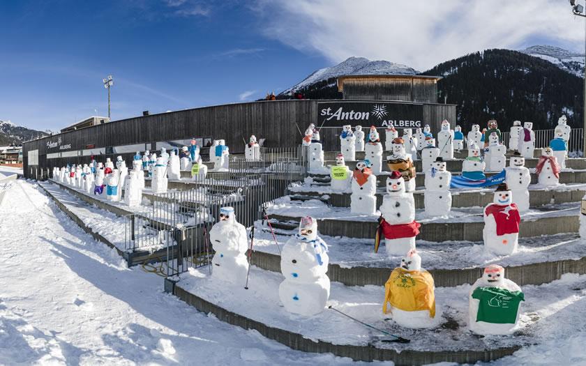 Snowmen at the St Anton am Arlberg race finish line