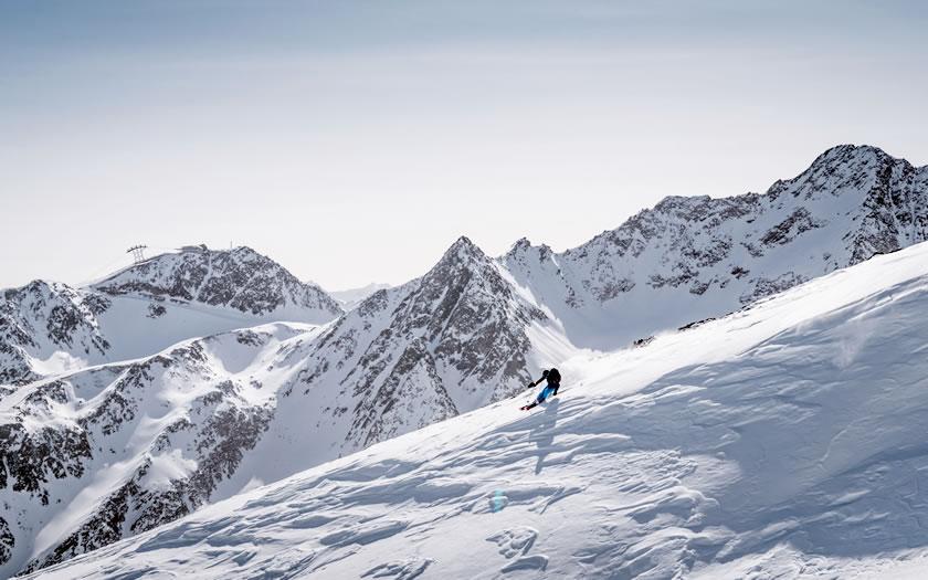 High altitude skiing in Sölden