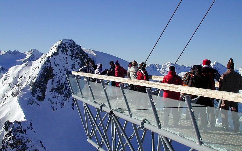The viewing platform at the top of the Sölden glaciers