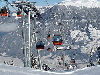 The top station of the two Kaltenbach gondolas.